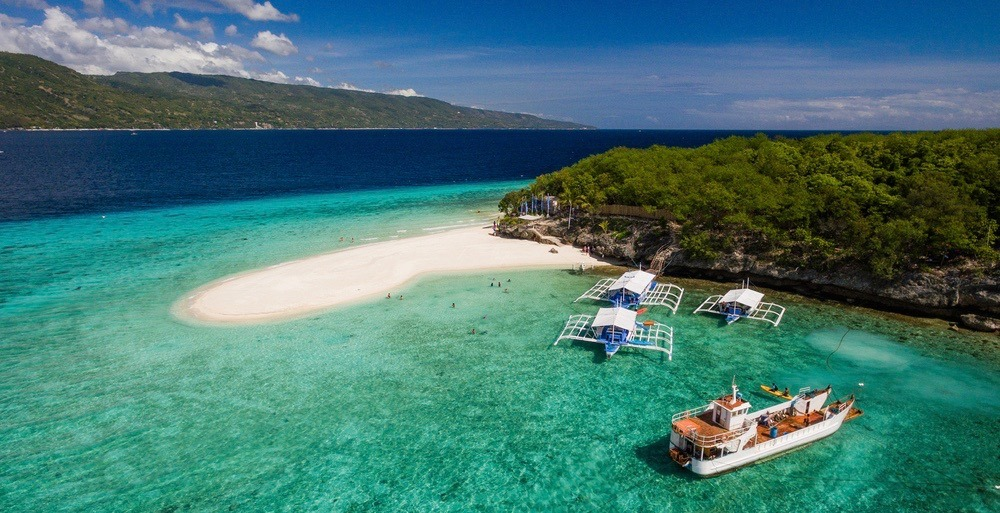 You can fly from Toronto to the Philippines for $620 roundtrip this winter