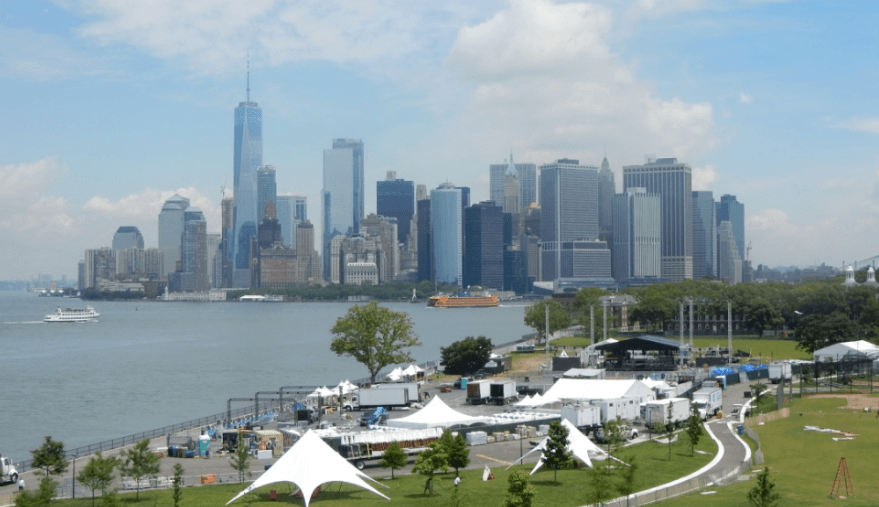 View of the New York skyline from Governor's Island (Simran Singh/ Daily Hive)