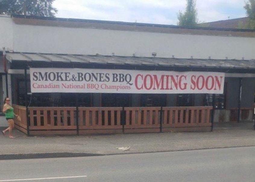 Smoke & Bones_ext
