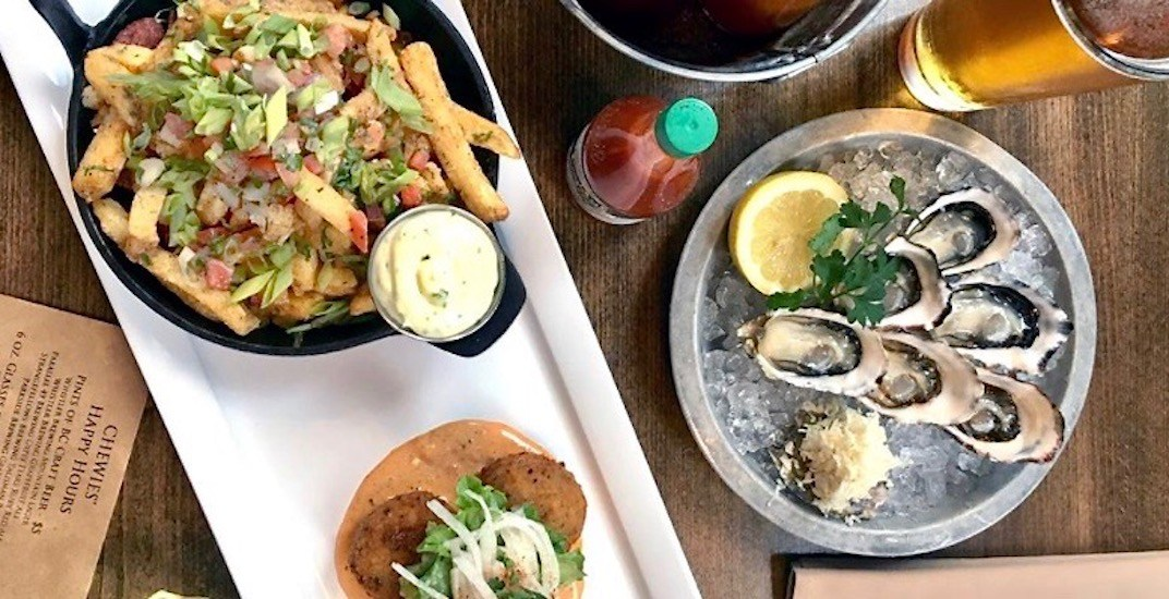 Happy Hours: Buck-A-Shuck and $5 pints of craft beer at Chewies