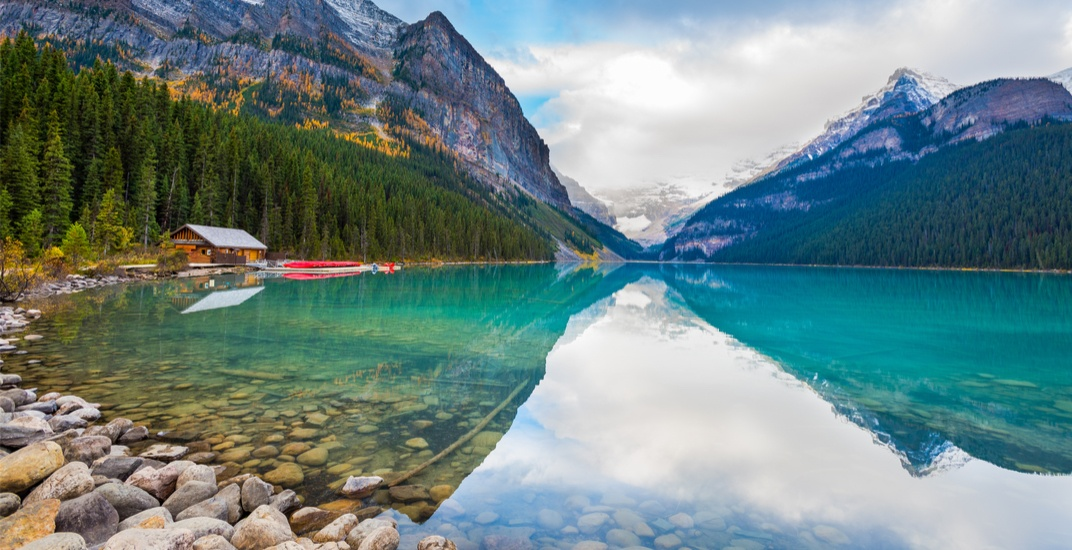 8 Alberta lakes you need to visit