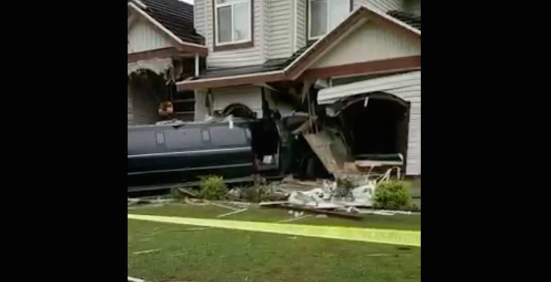 Surrey house could collapse after limousine crash (VIDEO)