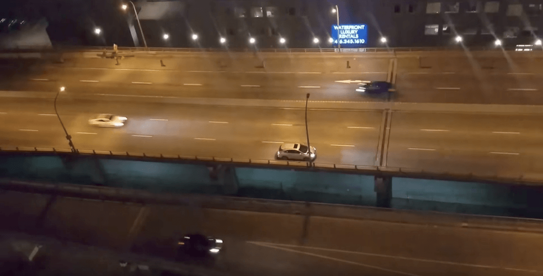 Reckless driver reverses on Gardiner after missing exit they want (VIDEO)