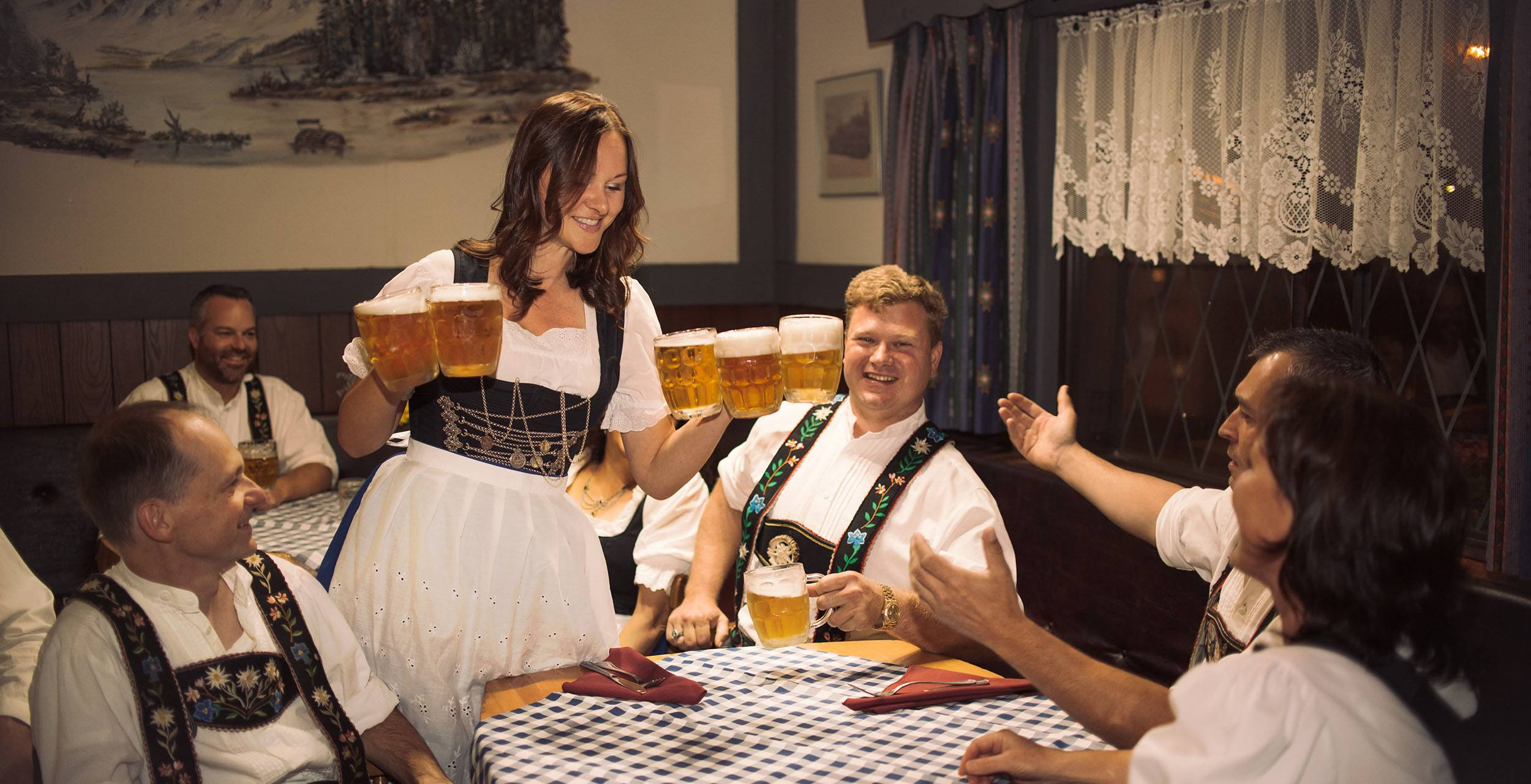 Oktoberfest 2017 at Vancouver Alpen Club begins on October 6