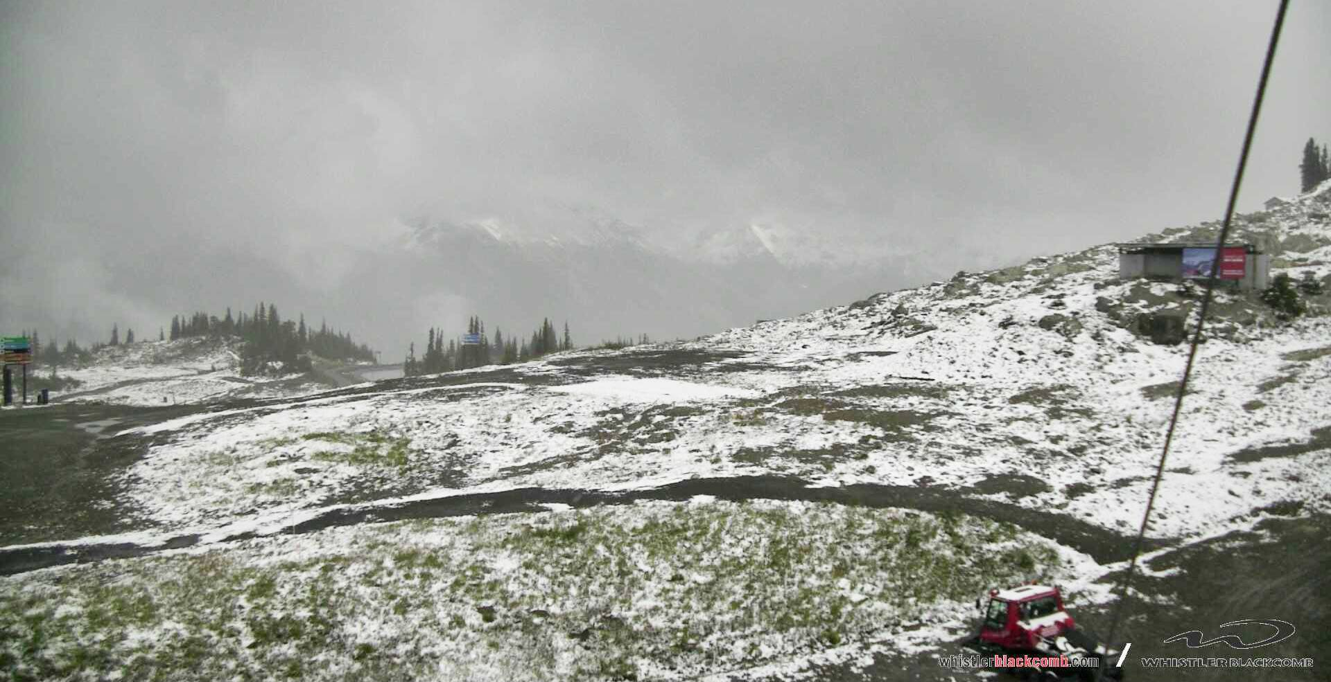Snow on Whistler Blackcomb as of September 18, 2017 (Whistler Blackcomb)