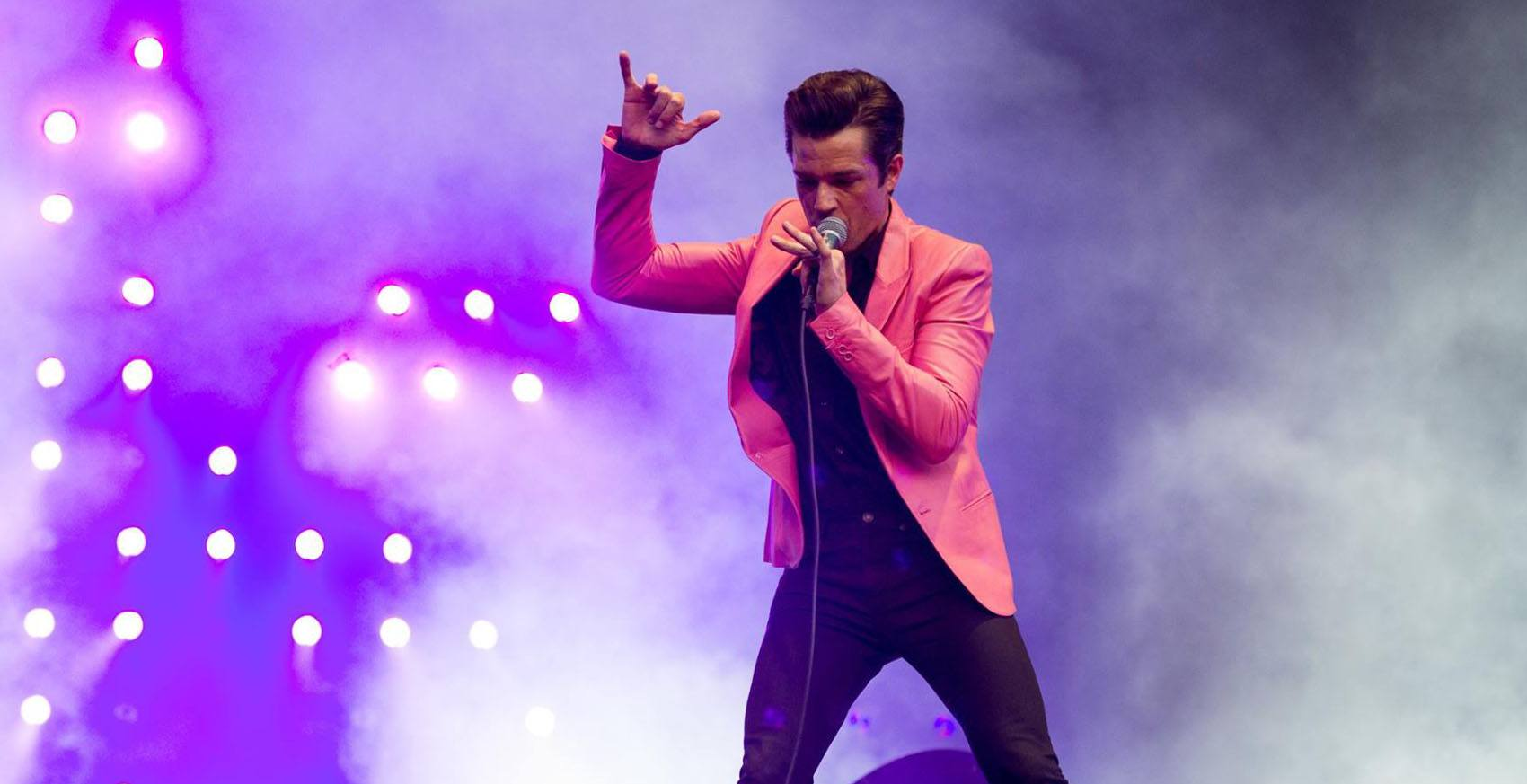 Brandon flowers performing with the killers the killersfacebook