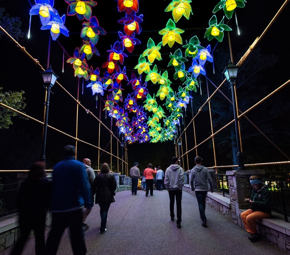 Canada's Largest Chinese Lantern Festival Coming To