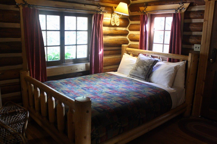 Interior of a bungalow cabin at Storm Mountain Lodge