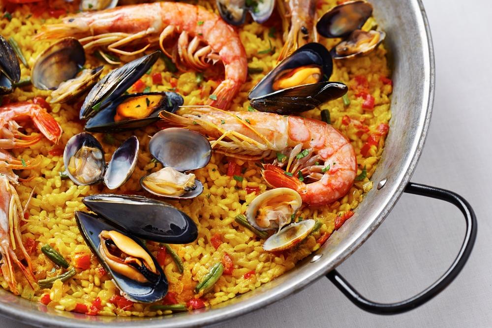 paella seafood spanish