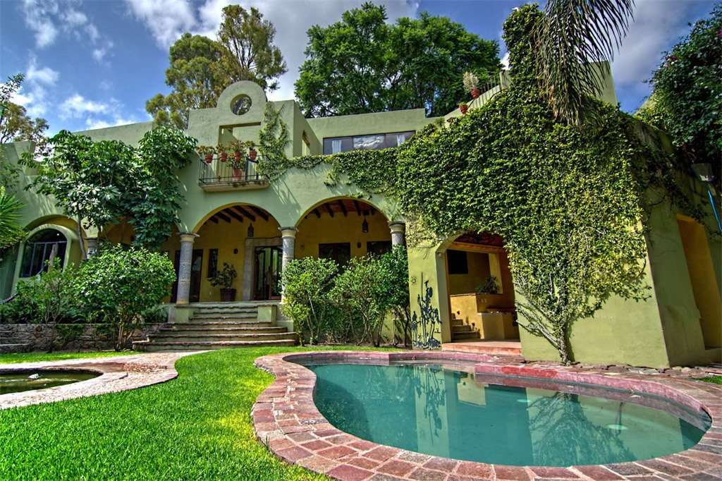 Home for sale in San Miguel de Allende, Mexico (Sotheby's International)