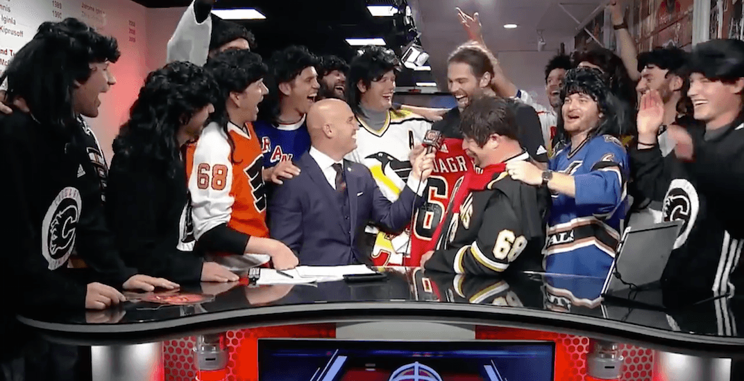 Traveling Jagrs meet their hero (VIDEO)