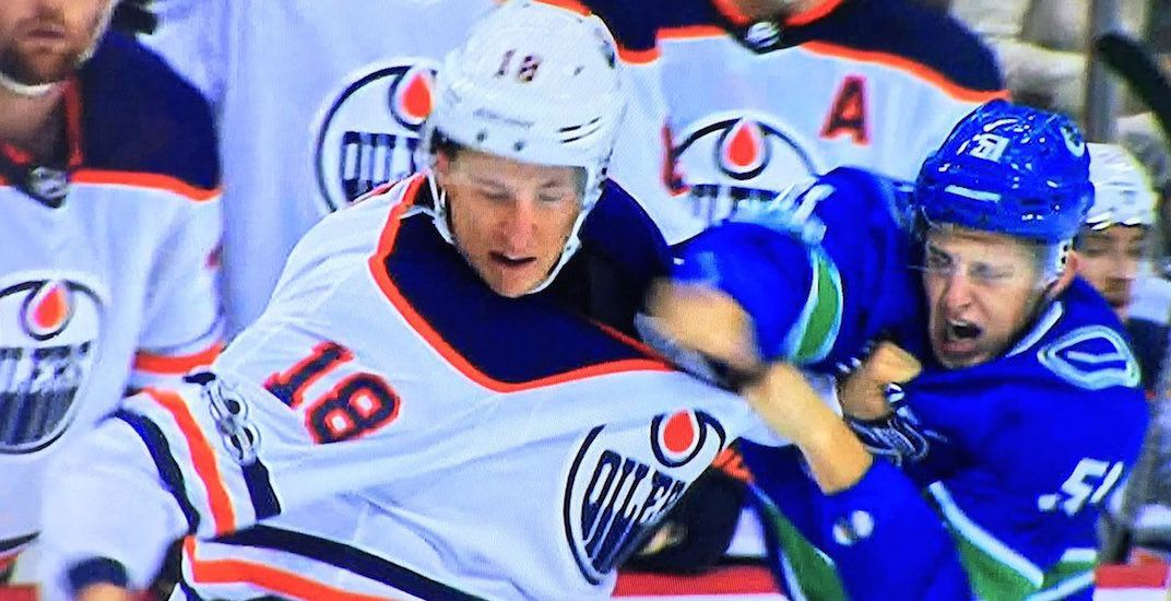 Troy Stecher gets in 1st fight of his career in Canucks opener (VIDEO)