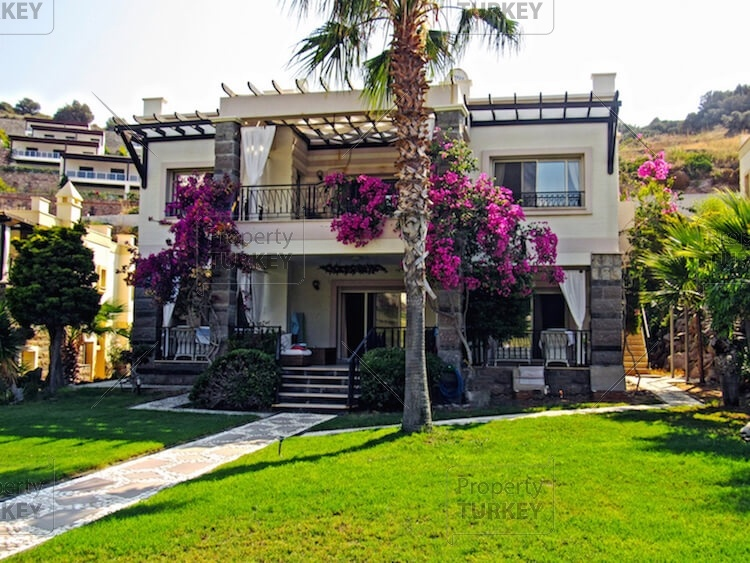 Furnished villa for sale in Yalikavak, Turkey (Property Turkey)