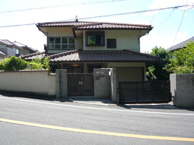 Home for sale in Suita, Japan (realestate.co.jp)