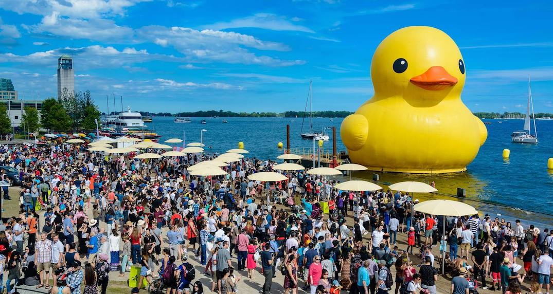 Giant Rubber Duck helped plunge $7.6M into Toronto's economy