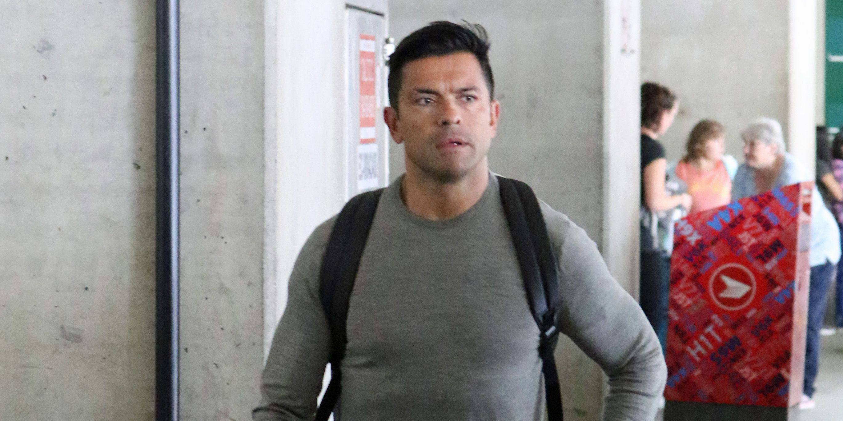 Mark Consuelos spotted at Vancouver International Airport (PHOTOS)