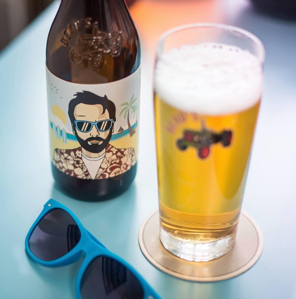 3030 Dundas West beer bar