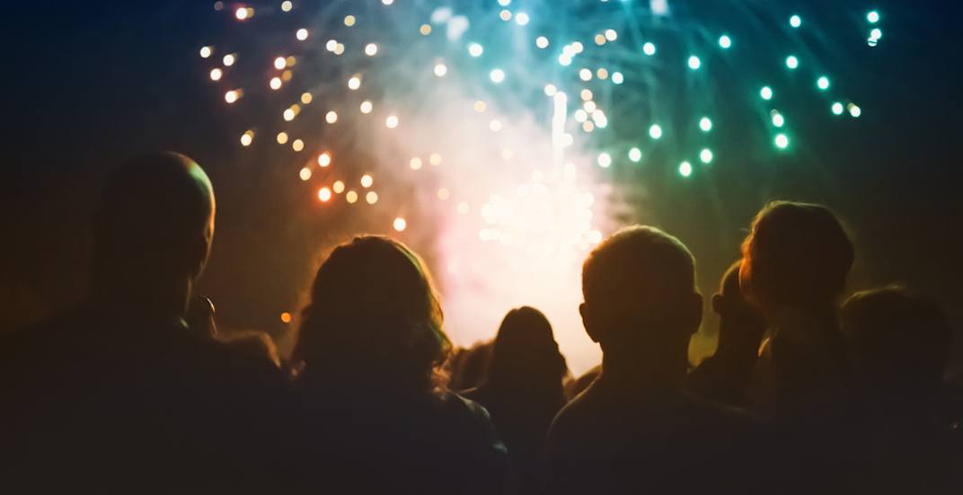Small fireworks crowd