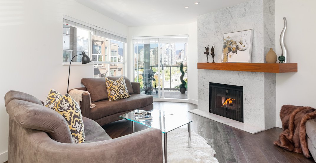 A Look Inside: Lounge creekside at this Fairview townhome (PHOTOS)