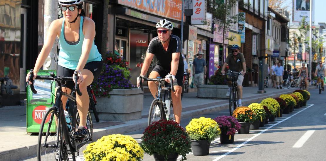Public works committee votes to make Bloor Street bike lanes permanent