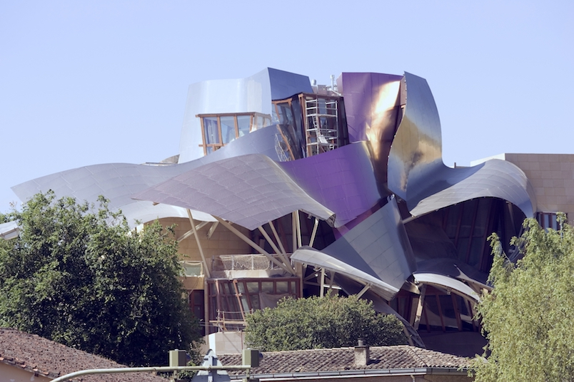 Marques-de-Riscal-by-Frank-Gehry-II