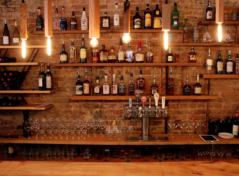 Bo S Kitchen And Bar Room Happy Hour