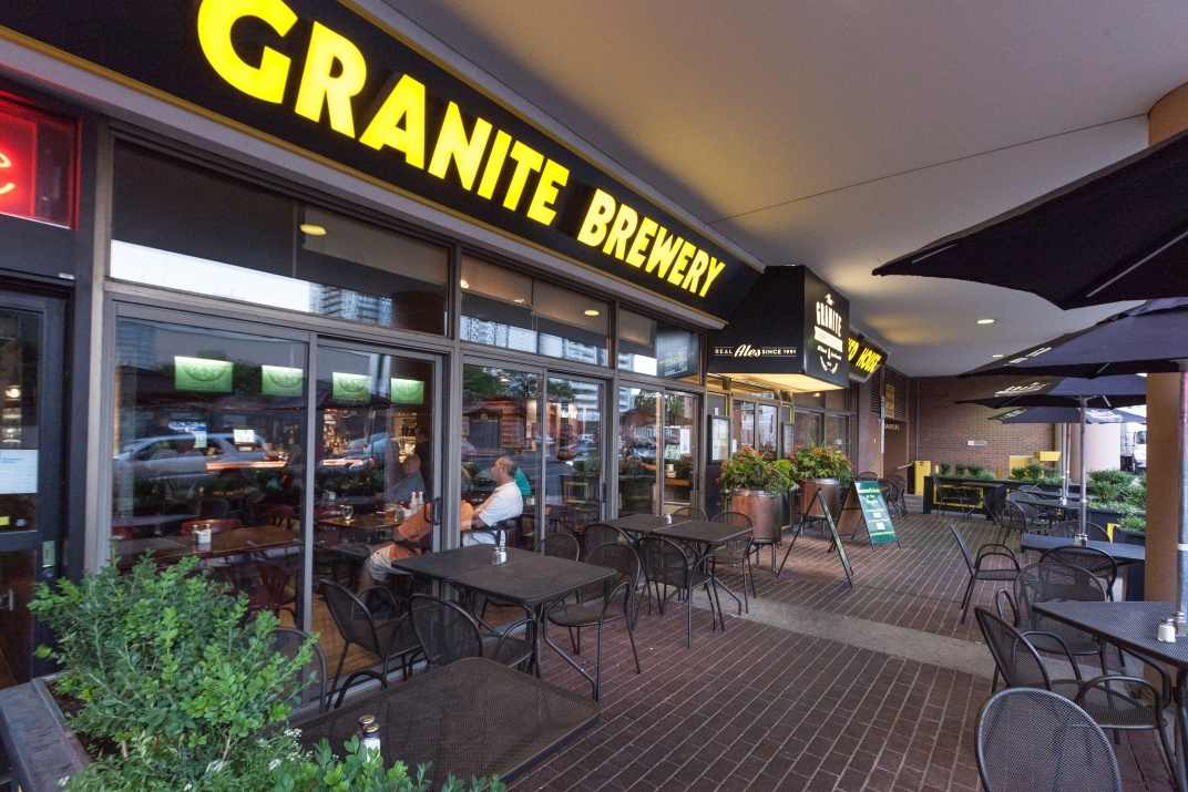 Granite Brewery brunch buffet