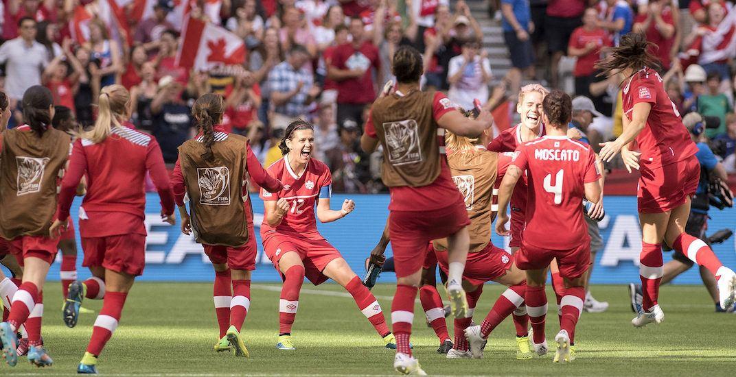 Christine sinclair canada soccer