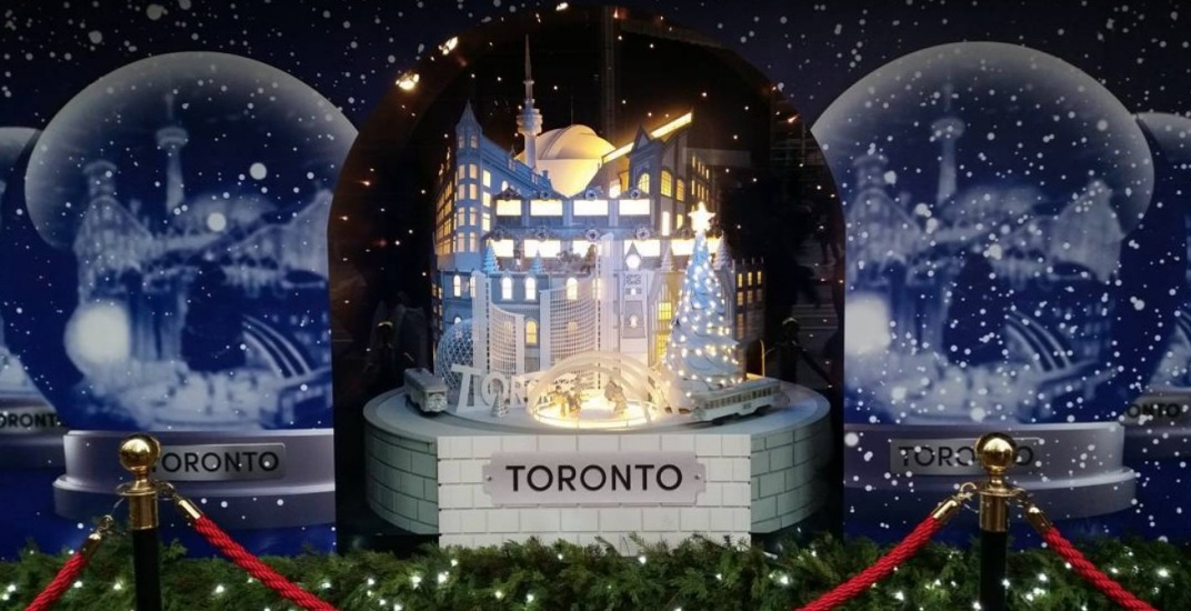 This Toronto snow globe is the most magical holiday window this year (PHOTOS)