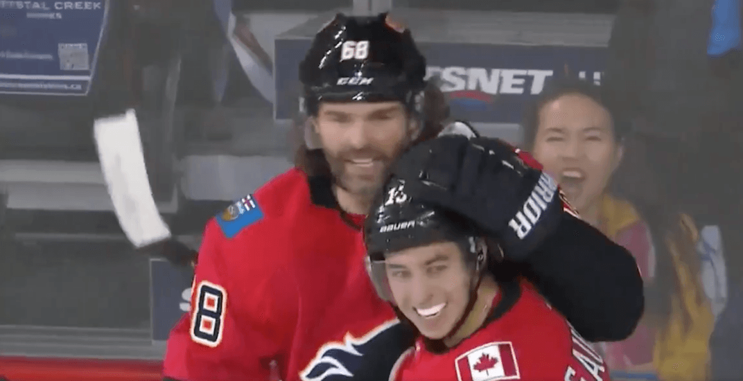 Jagr scores first goal as a member of the Flames (VIDEO)
