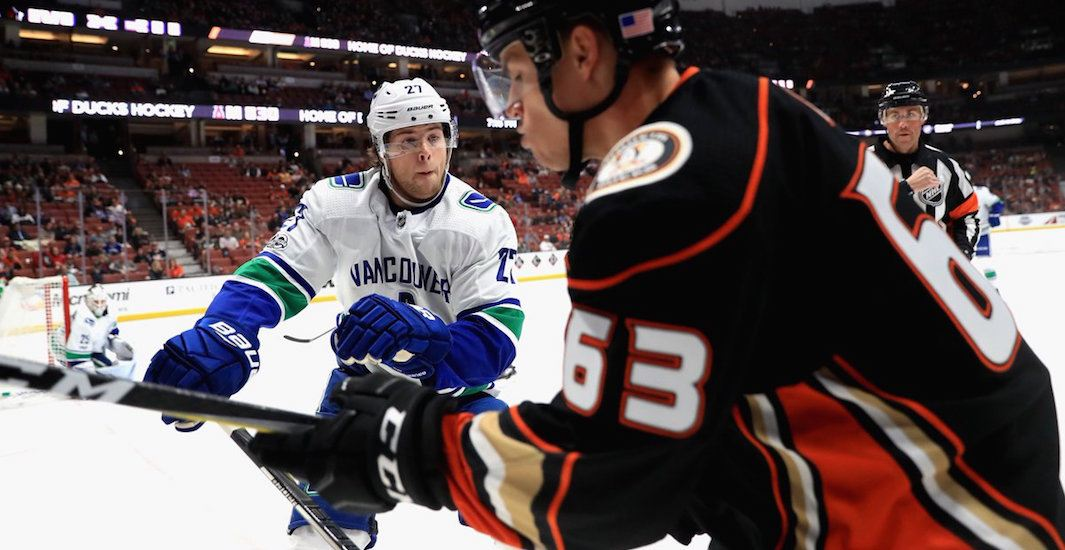 Canucks ducks2