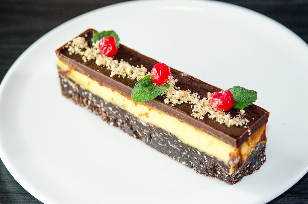 Canucks Korea nanaimo bar