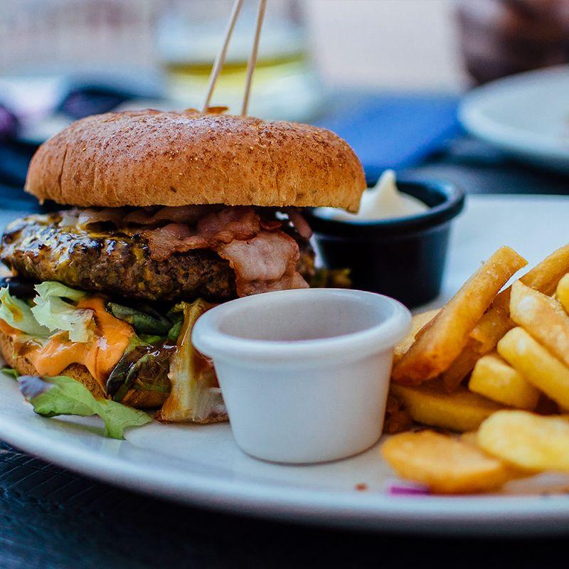the moose paris france burger