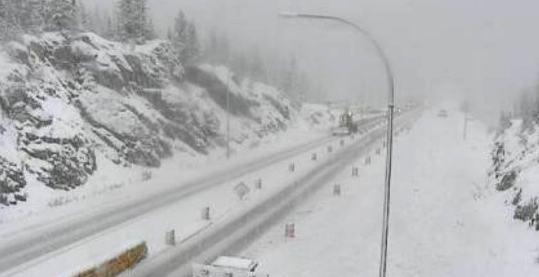 Heavy snowfall warning: Up to 25 cm for mountain highways east of Hope