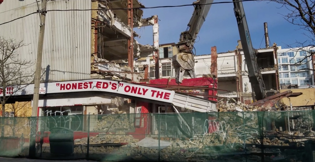 Honest Ed's is finally being demolished (PHOTOS/VIDEO)