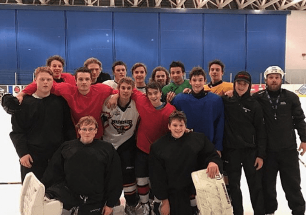 bieber whistler hockey