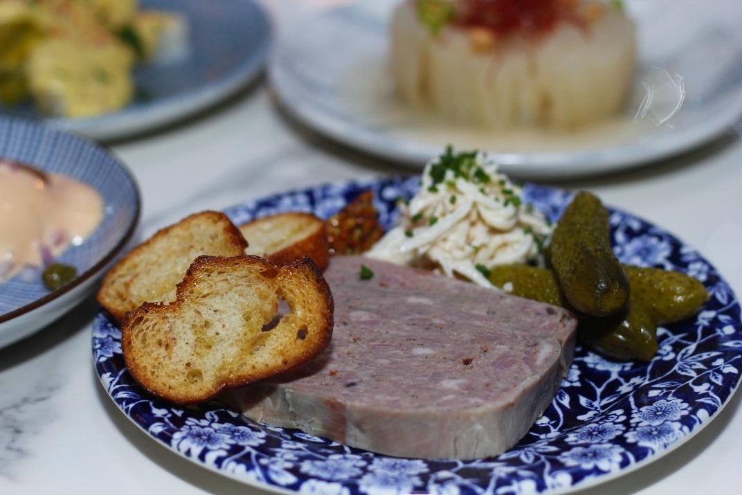 Bacchanal toronto restaurant