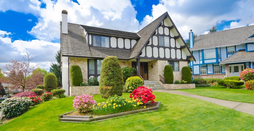 Single family home real estate in Vancouver (romakoma/Shutterstock)