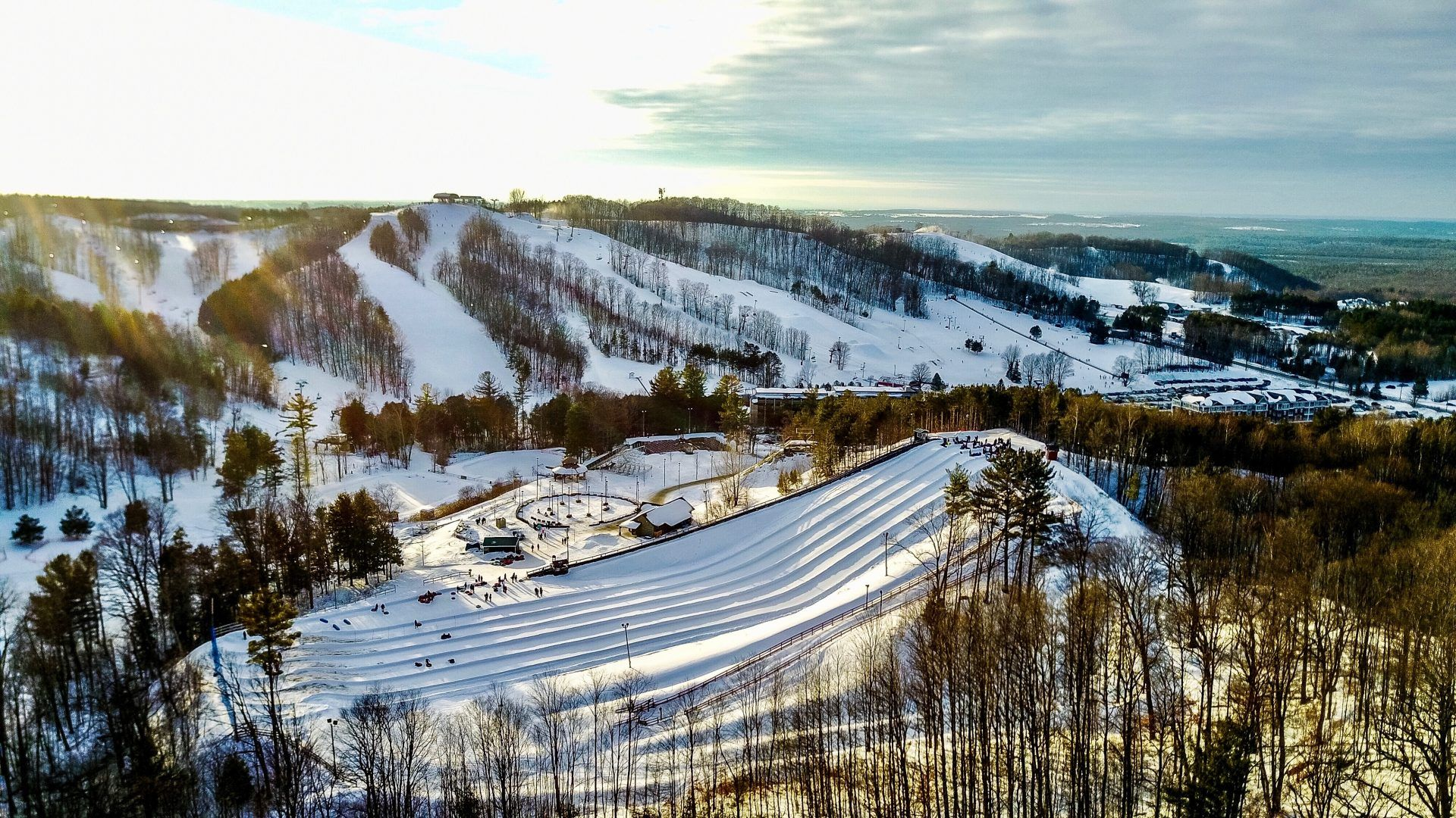 This is the longest snow tubing hill in Ontario (PHOTOS)
