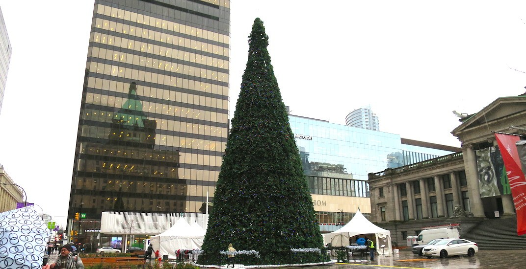 at 80 ft vancouver s official christmas tree is 60 taller than it