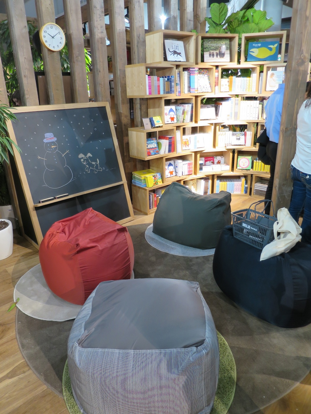 Inside The MUJI Robson Store In Downtown Vancouver Kenneth Chan Daily Hive
