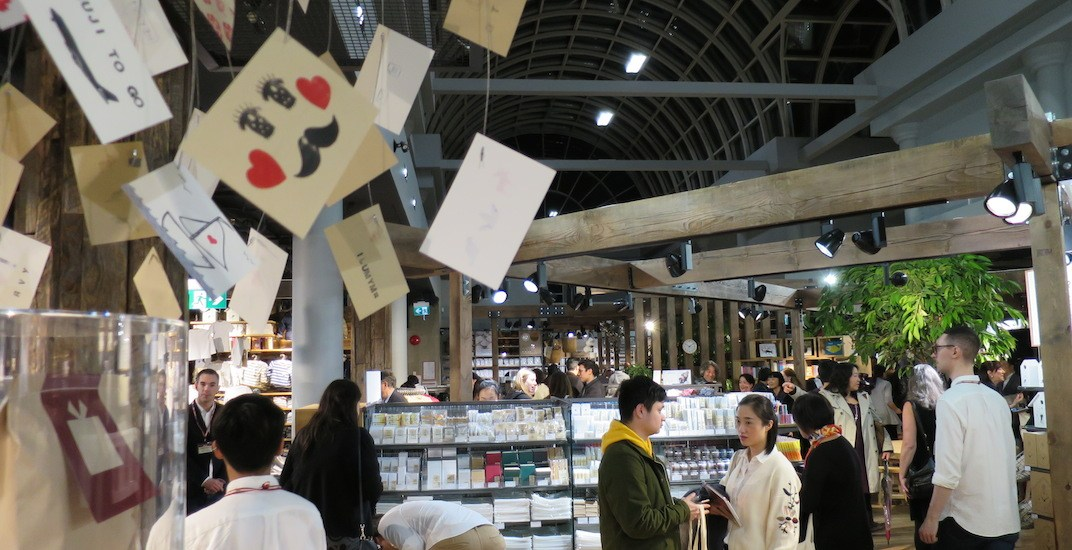 Inside the largest MUJI store outside of Asia on Robson Street in Vancouver (PHOTOS)