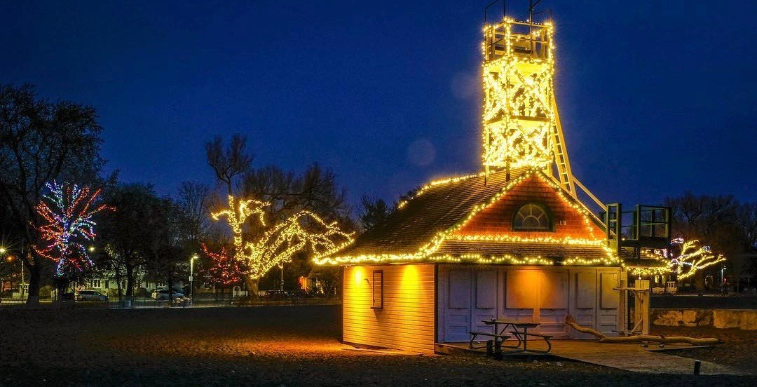 15 photos of The Beaches Christmas lights that will make you want to visit