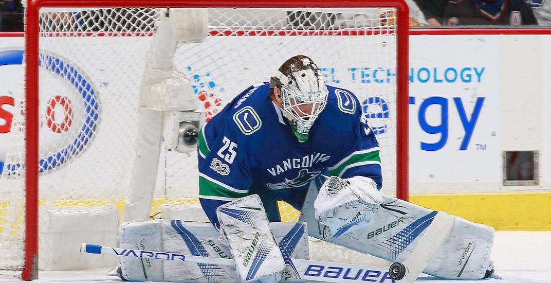 SixPack: Markstrom gets first-ever shutout in Canucks win
