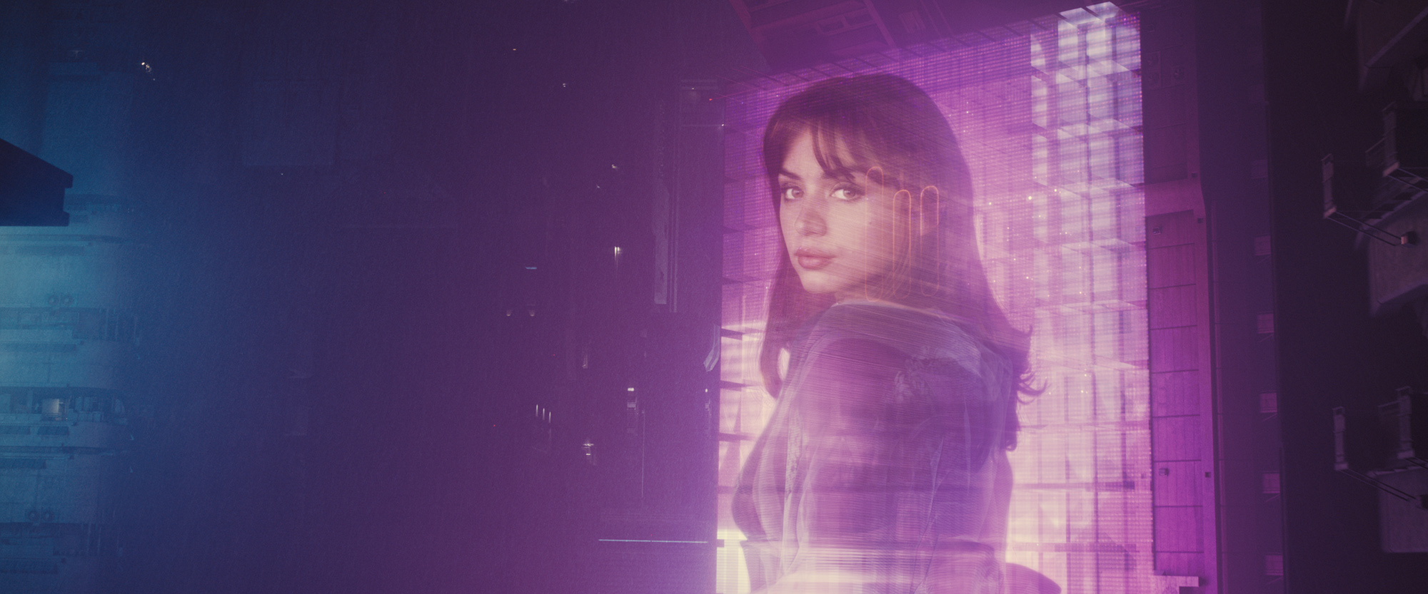 A Joi hologram advertisement in Blade Runner 2049 (©2017 ALCON ENTERTAINMENT, LLC., WARNER BROS. ENTERTAINMENT INC. AND COLUMBIA TRISTAR MARKETING GROUP, INC. ALL RIGHTS RESERVED.)