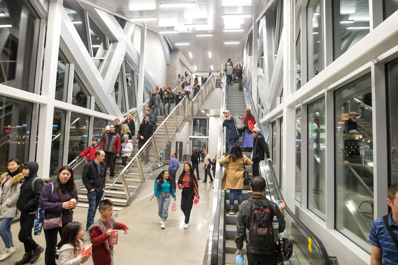Cadillac Evening News >> New walking bridge at Chinook Centre now open (PHOTOS) | Daily Hive Calgary