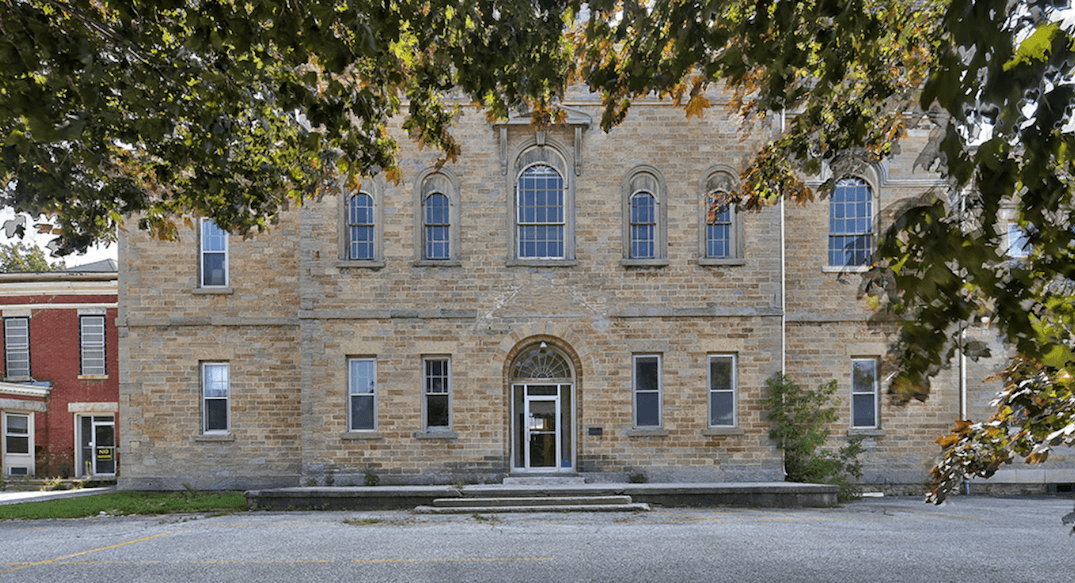 Huge historic property for sale in Ontario for less than a Toronto condo (PHOTOS)