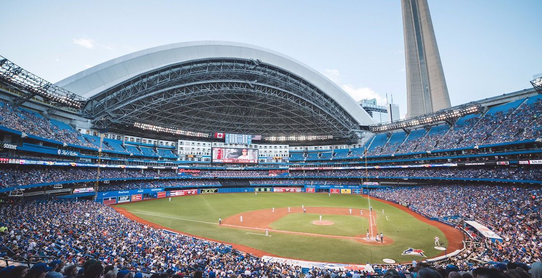 MLB commissioner says Rogers Centre 'needs an update'