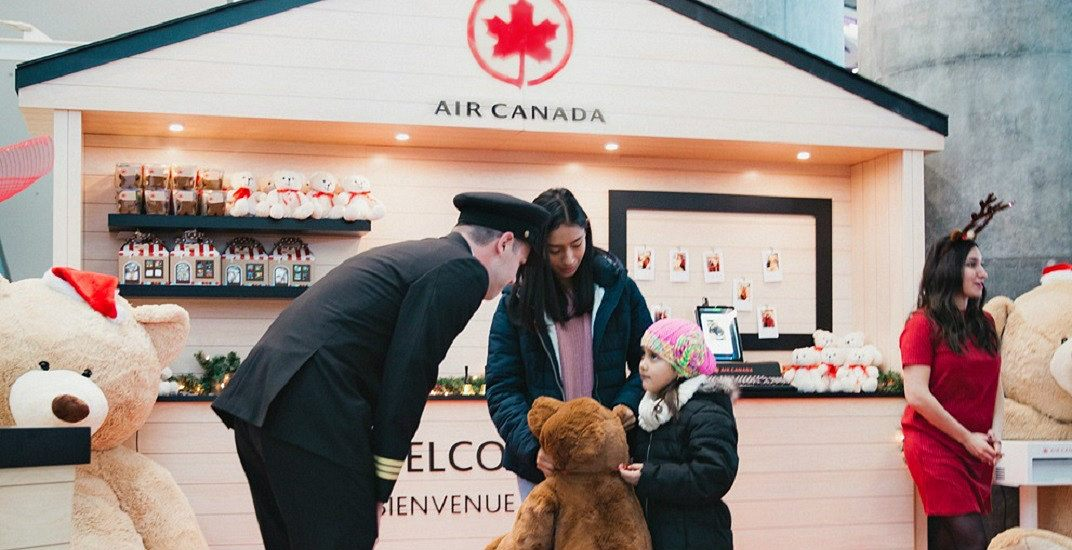 Experience holiday magic at YVR with warm homecomings