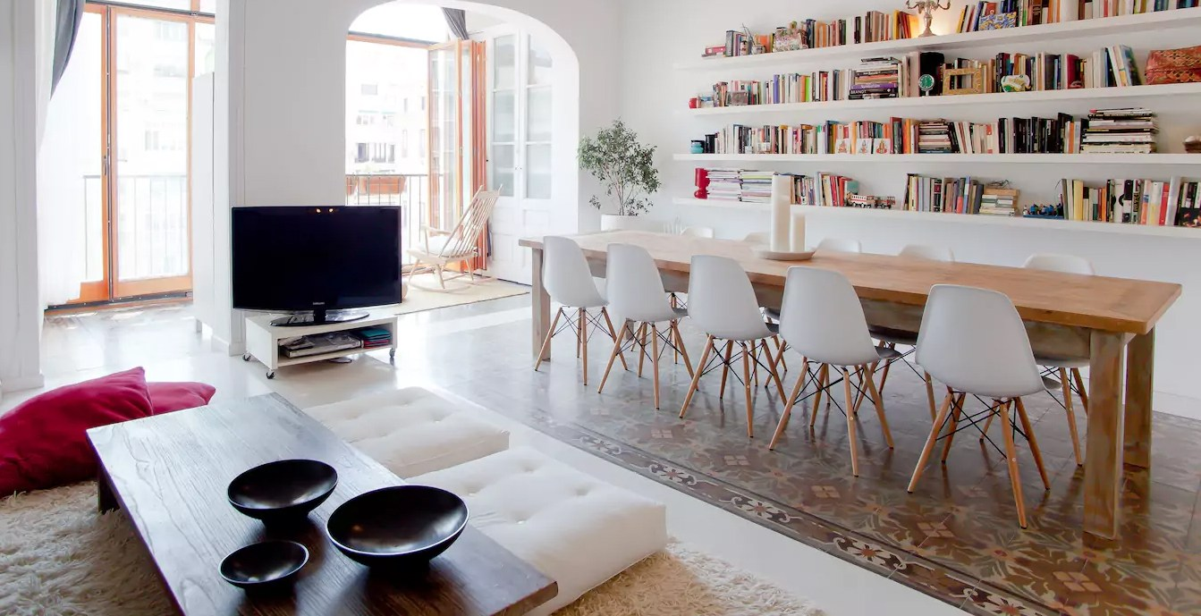 Charming, Very Spacious and Best Located in Barcelona, Spain (Airbnb)